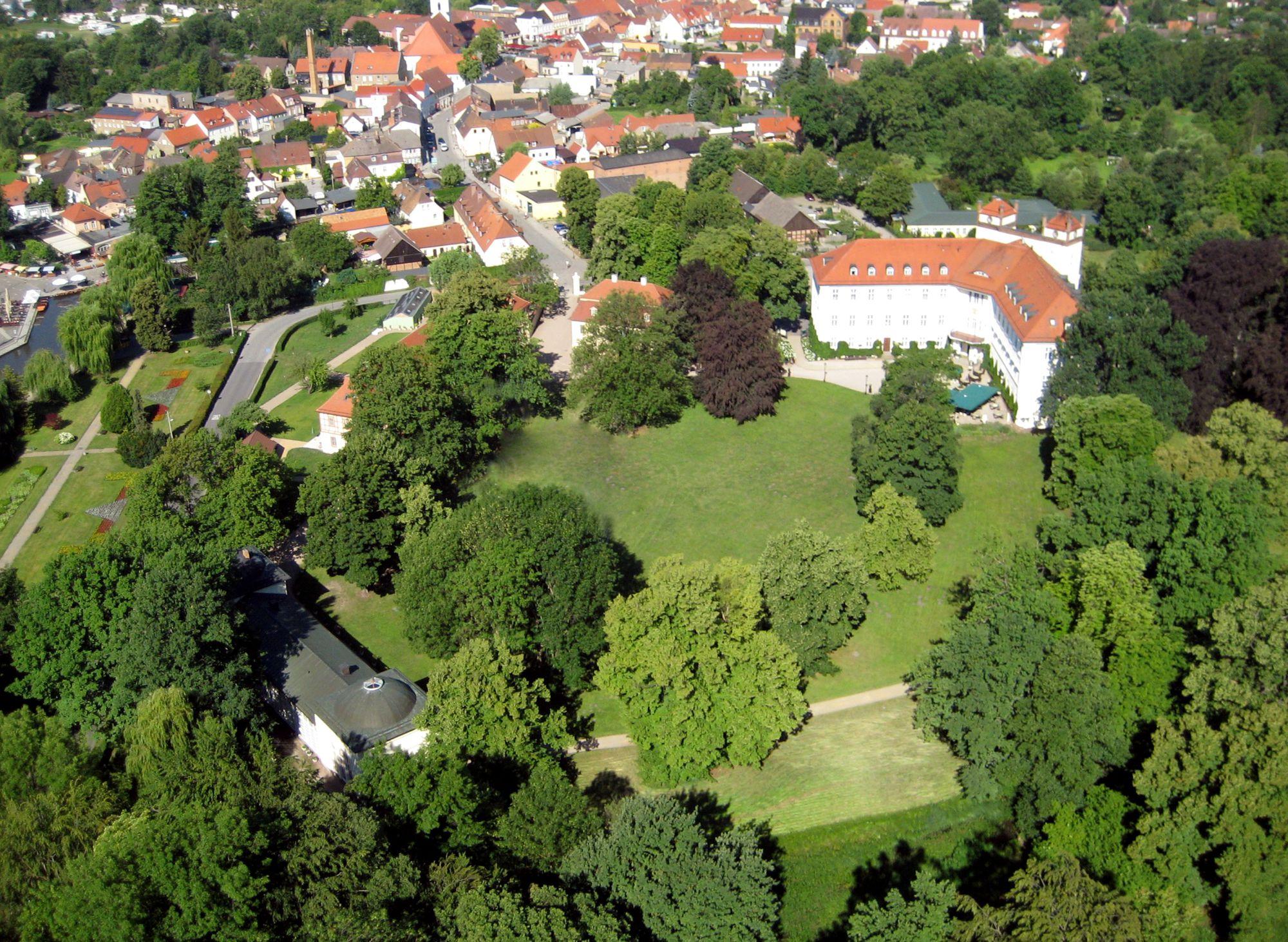 Urlaub Spreewald - Spreewald Arrangements - Spreewald erleben - Schloss Lübbenau im Spreewald