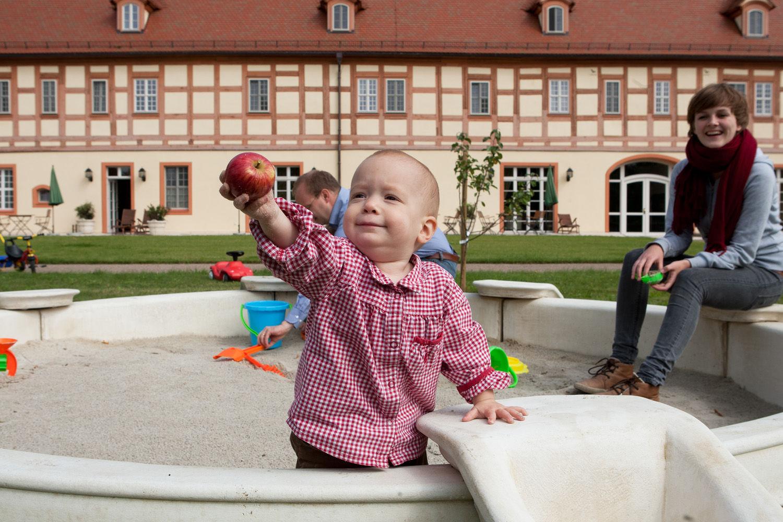 Urlaub Spreewald - Familienurlaub - Marstall - Die Urlaubsresidenz im Spreewald - Garten - Schloss Lübbenau im Spreewald