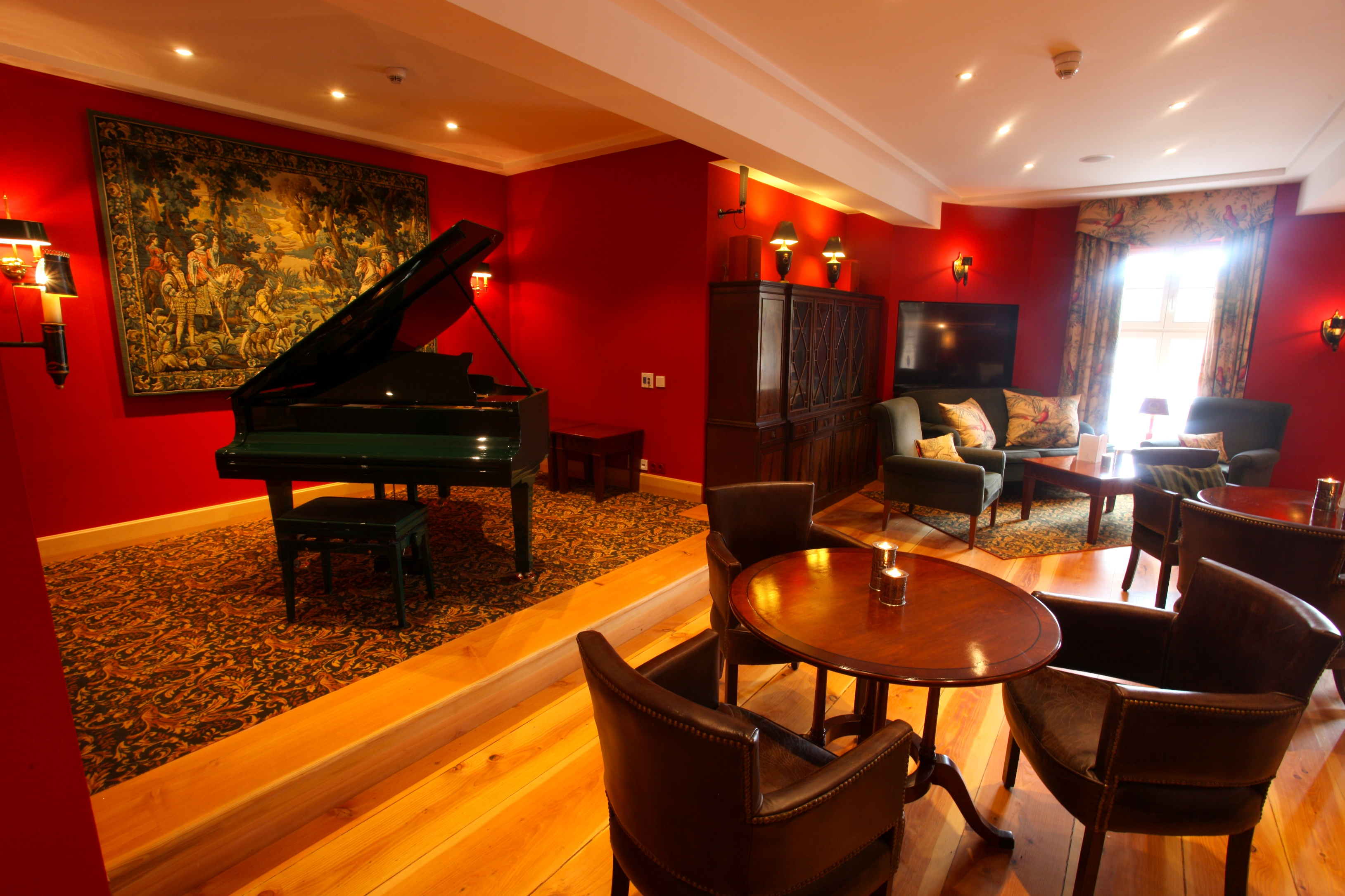 ROCCO`S Linari-Bar - Restaurant Spreewald - Urlaub im Schloss - Schloss Lübbenau im Spreewald