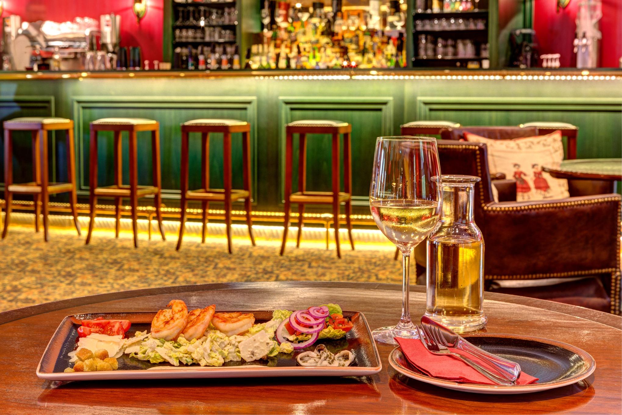 Restaurant Spreewald - ROCCO`S Linari-Bar - Spreewald erleben - Schloss Lübbenau im Spreewald